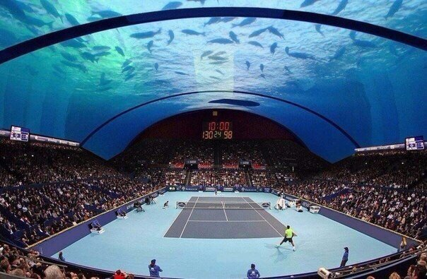Подводный теннисный корт в Дубае
